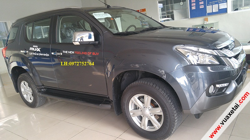 xe 7 cho Isuzu muX co gi noi bat so voi doi thu